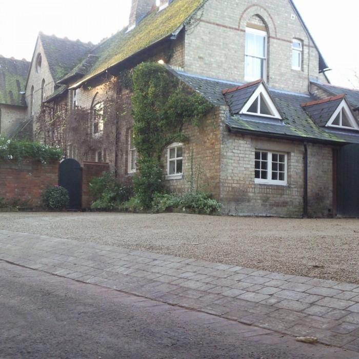 AYRL-gravel-and-brick-driveway